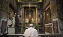 교황, 근위대 집단감염에 결국 마스크 써